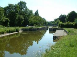 Les écluses du canal d'Orléans